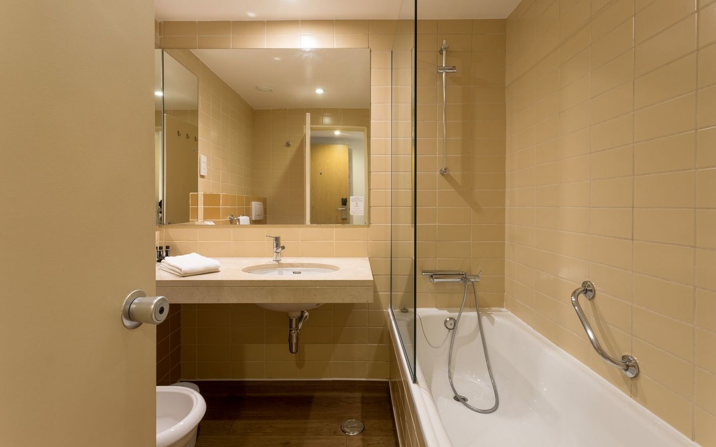 Hotel Londres - Rooms - Bathroom